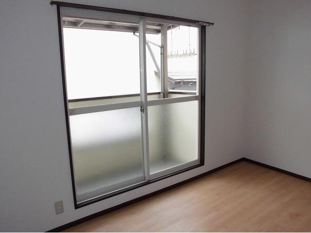 2階6畳洋室ベランダ