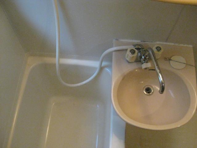 浴槽洗面上から撮影
