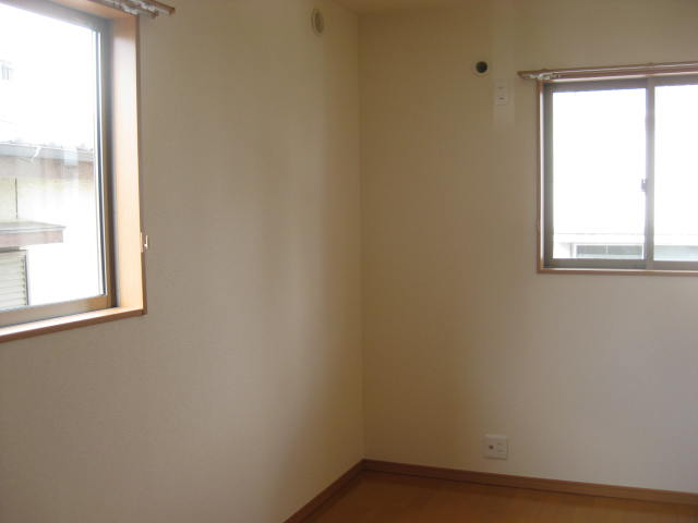 2階南西個室